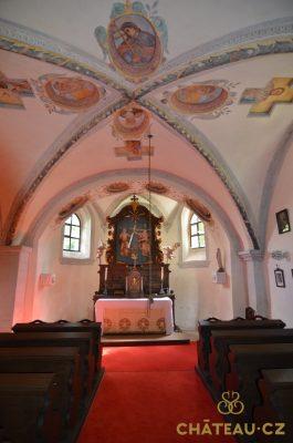Starosedlsky hradek Chateau.cz 028