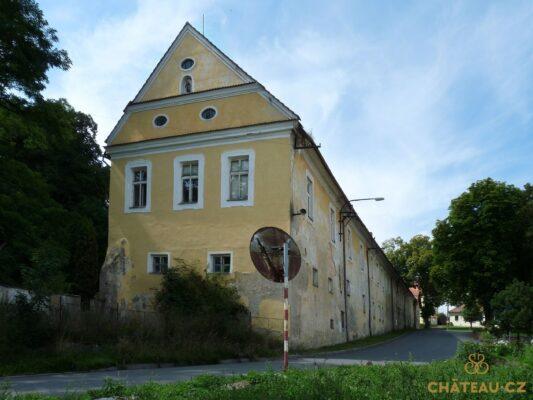 zamek-choustnik-chateau-cz-0010