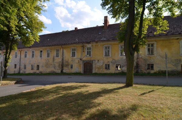 zamek-choustnik-chateau-cz-0013