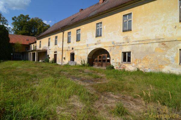 zamek-choustnik-chateau-cz-0019