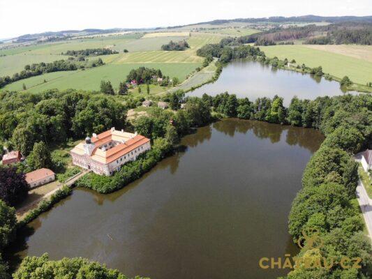 zamek-osova-chateau-cz-02