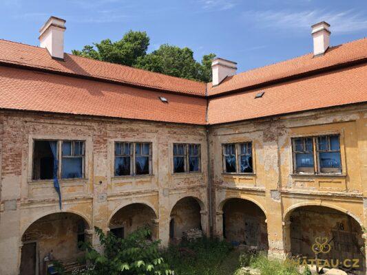 zamek-osova-chateau-cz-23