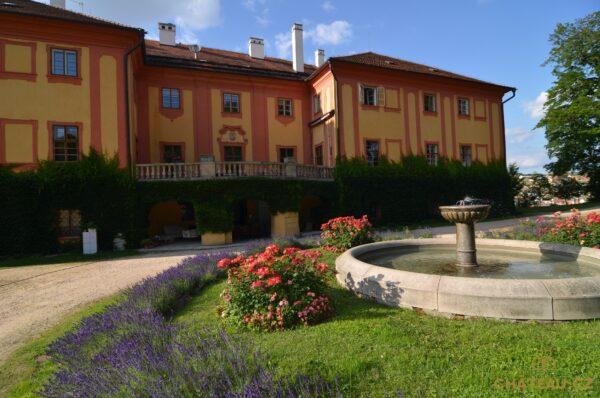 zamek-luka-nad-jihlavou-chateau-cz-15