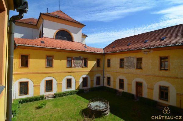 Piaristicka kolej Benesov Chateau.CZ 09